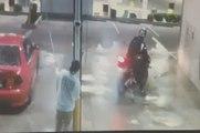 Quand un motard s'amuse à faire un burn dans une station de lavage et ça finit mal pour lui !