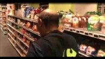 Le rayon frais de ce magasin est en panne, un client s'insurge (vidéo)