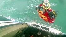Video de un rescate de náufragos en alta mar
