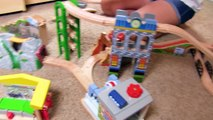 Thomas and Friends | Thomas Train BOOSTER STEAM CAR with Brio! Fun Toy Trains for Kids and
