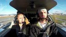 Demande en mariage en mode Panne de moteur en avion... Blague énorme