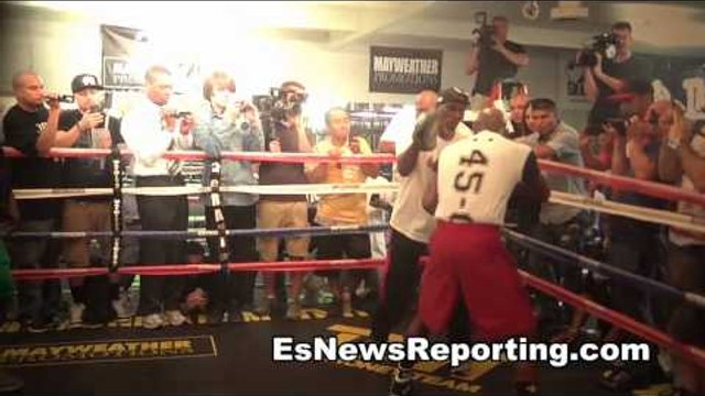 how would floyd mayweather fight floyd mayweather EsNews Boxing
