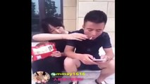Funny Chinese videos - Prank chinese 201dfgr7 can't stop laugh