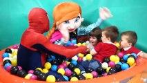 Patio de recreo de bebé Niños Juegos Niños jugar Centro patio de recreo con bolas gracioso cuarto de jugar para gasto