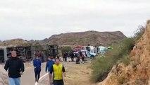 Duelo en Argentina por 15 muertos en vuelco de autobús