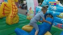 Et des ballons Centre enfants pour gonflable enfants de plein air jouer diapositives enfants pour divertissement s