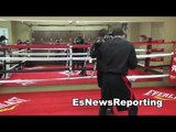 canelo alvarez working with his brother dinamita in the ring EsNews Boxing