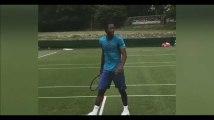 Gaël Monfils tire une balle de tennis dans les fesses des frères Bryan (Vidéo)