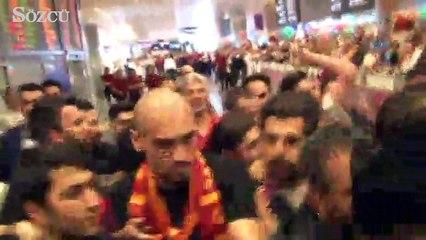 Galatasaray'ın yeni savunmacısı Maicon, İstanbul'a geldi