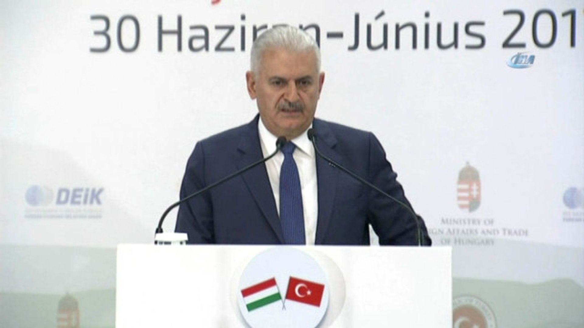 Başbakan Yıldırım'dan Macar Mevkidaşına Vize Çağrısı