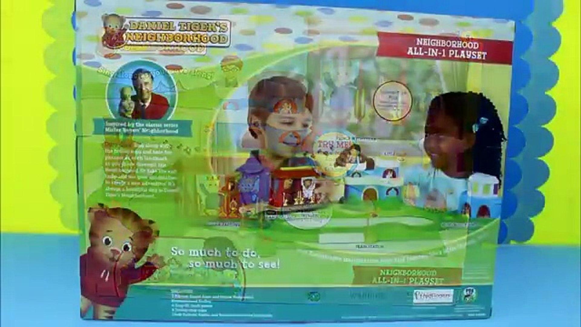 Ensemble tigre jouet déballage vidéo Daniel pbs daniel playset trolly daniel