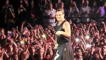 """Robbie Williams """"Let me entertain you"""" (Paris - 2017)"""