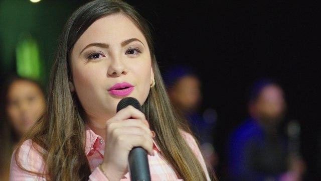 Valentina Elizalde - Sobre La Tumba De Mi Padre