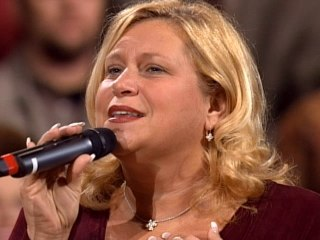 Sandi Patty - The Stage Is Bare