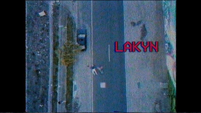 Lakyn - View Looks So Good