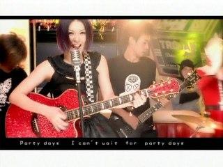 Ru Yun Wei - Party Days