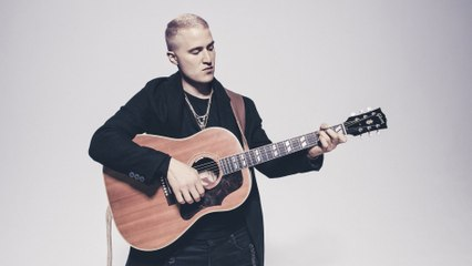 Mike Posner - In The Arms Of A Stranger