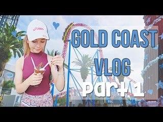 GOLD COAST VLOG   Movie World and Christmas Celebrations!