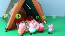 Des sacs papa feu momie porc fosse jouer en train de dormir Tente Peppa doh camping sleepover disne