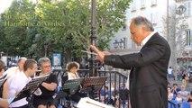 L'Harmonie Municipale d'Antibes au kiosque à musique.