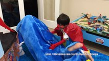 Атака Дельфин охота ки ки дитя Раян акула супергерой сюрприз Игрушки сокровище футболка футболка toysreview