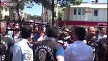 Kaynarca karıştı: Jandarma havaya ateş açtı