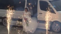 Suudili Çift Denizde Düğün Yapıp, Horon Tepti