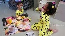 Bébé mal aliments pour maman réal contre belle Magu est vrai bébé nourriture mauvaise belle ba