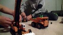Un et un à un un à gros pour de enfants camions Chantier de construction rapide