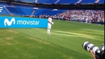 Theo Hernandez Fails at Kick Ups During His Unveiling for Real Madrid
