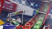 Disney Cars Garage Piston Cup Flash McQueen Podium Jouet Toy Review Lightning McQueen Rela