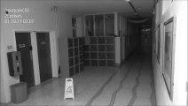 Phénomènes paranormaux flippants filmé dans un collège - poltergeist