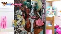 Muñeca Monster High, Lagoona Blue - Monster High Doll.