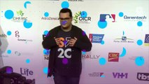 Josh Gad calls sick kids and pretends to be Olaf from 'Frozen'