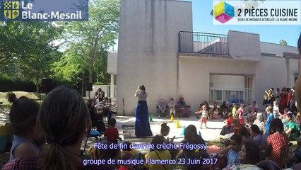 fête de fin d'année crêche Frégossy et groupe de musique Flamenco