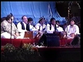 Akhiyan Udeek Diyan Dil Waajan Maar Da Nusrat Fathe Ali Khan Qawwali Part 4