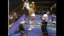 Oro/Plata/Platino vs El Hombre Bala/El Supremo I/Medico Asesino Jr (CMLL January 5th, 1992)