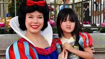 Un et un à un un à à journée amusement amusement Royaume la magie Magie réunion les princesses réal avec monde lagitation Walt Disney avec