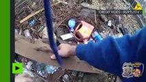 Un policier américain filmé en train de dissimuler de la drogue dans une cour abandonnée