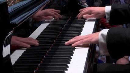 Lucas Jussen - Poulenc: 1. Allegro ma non troppo