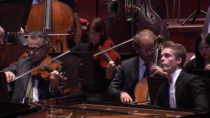 Lucas Jussen - Poulenc: 3. Finale (Allegro molto)