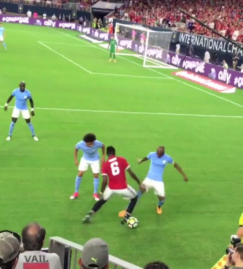 Paul Pogba beats Fernandinho with brilliant skill during Manchester United v Manchester City