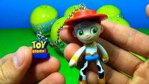 Des œufs histoire jouet déballage boisé Disney pixar toystory surpriseeggs 6 surprise buz lightye