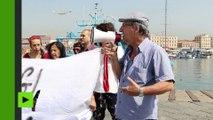 Italie : manifestation contre l'arrivée d'un navire de militants identitaires à Catane