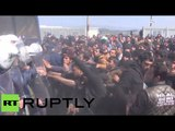 Riot police vs Idomeni refugees: Violent clashes hit camp