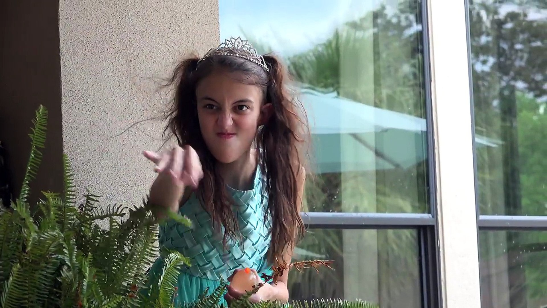 Princess Lucy Finds Fairy Dust Oh No Video Dailymotion