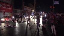 Izmir - Kamyona Çarpan Motosiklet Sürücüsü Öldü