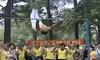 """Seorang Kakek Asal Tiongkok Asuh Klub """"Gymnastic"""""""