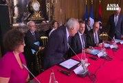 Libia, accordo Sarraj-Haftar a Parigi