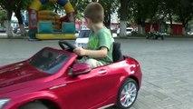 Aventure voiture des voitures enfants au volant enfants de plein air Cour de récréation course course jouet jouets Crash rc
